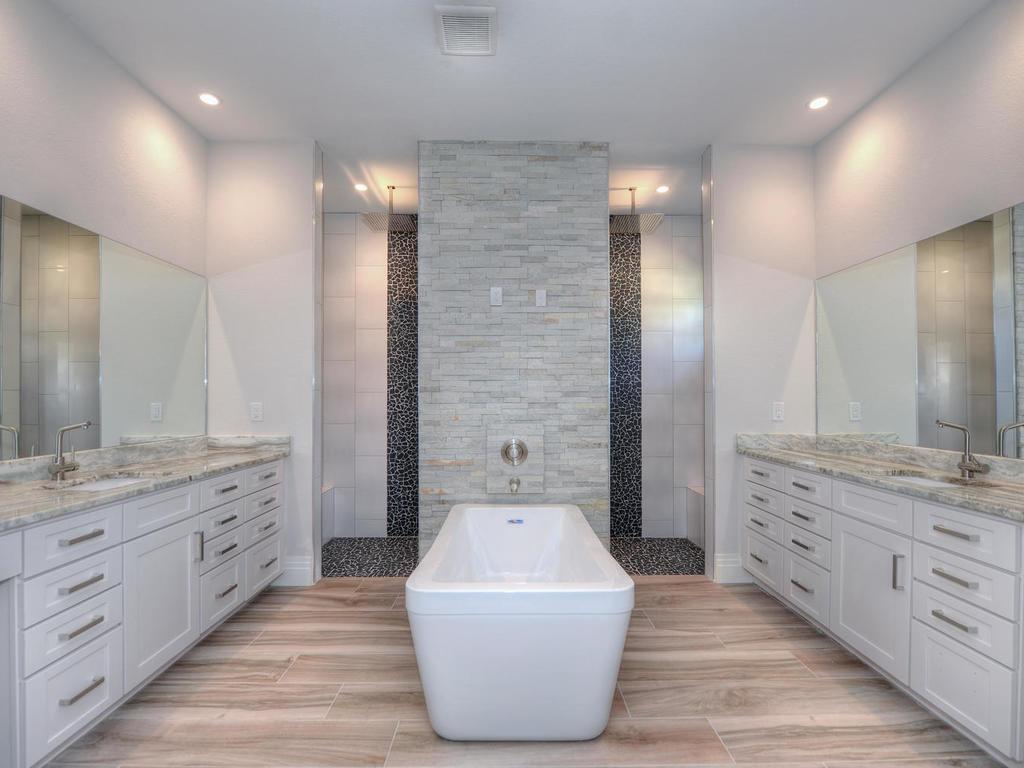 Luxurious spa like bathroom!